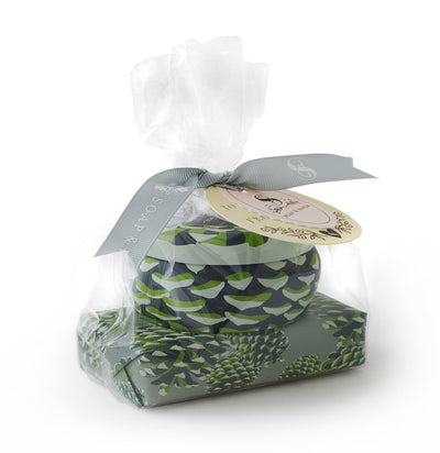 Roland pine gift set contains a tin candle and shea butter soap in cello bag with ribbon