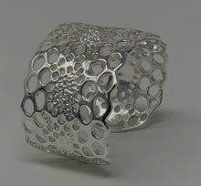 Load image into Gallery viewer, Honey Comb Cuff Bracelet