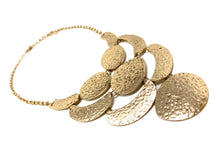 Load image into Gallery viewer, Gold Tone Hammered Necklace