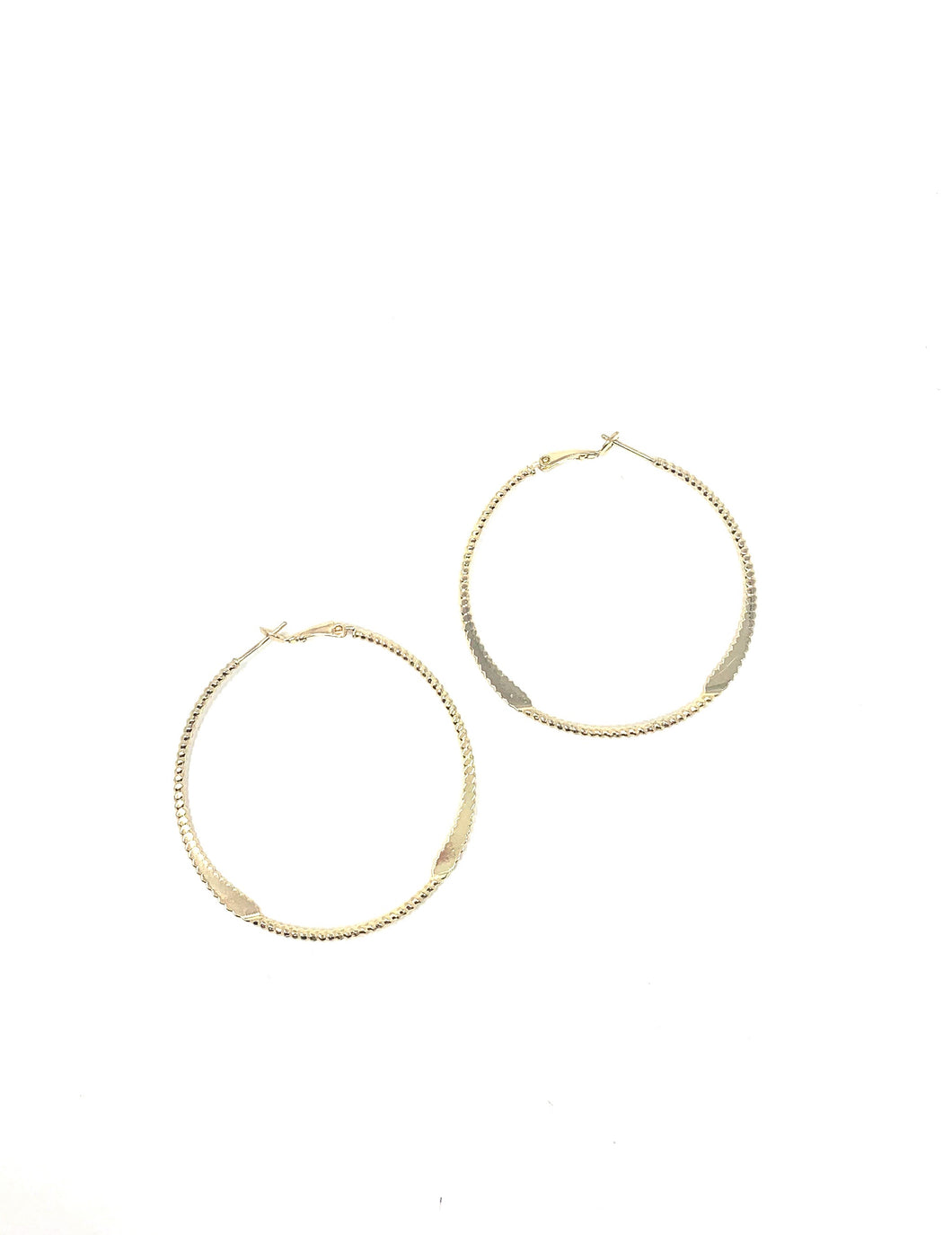Diamond Cut Medium Hoop Earrings