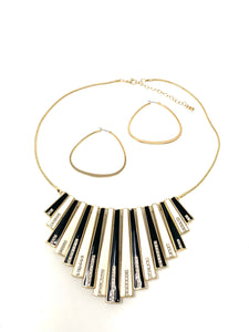 Black and White Rhinestone Necklace Set