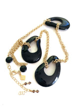 Load image into Gallery viewer, Abstract Black Resin Drops Necklace