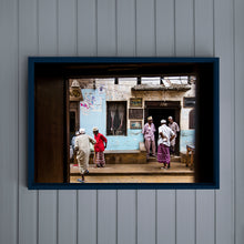 Load image into Gallery viewer, LAMU - LAMU TOWN -  men on the street