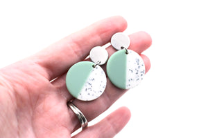 Mint Speckle Circle Dangle Earrings