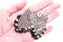 Load image into Gallery viewer, Silver Art Deco Filigree Earrings