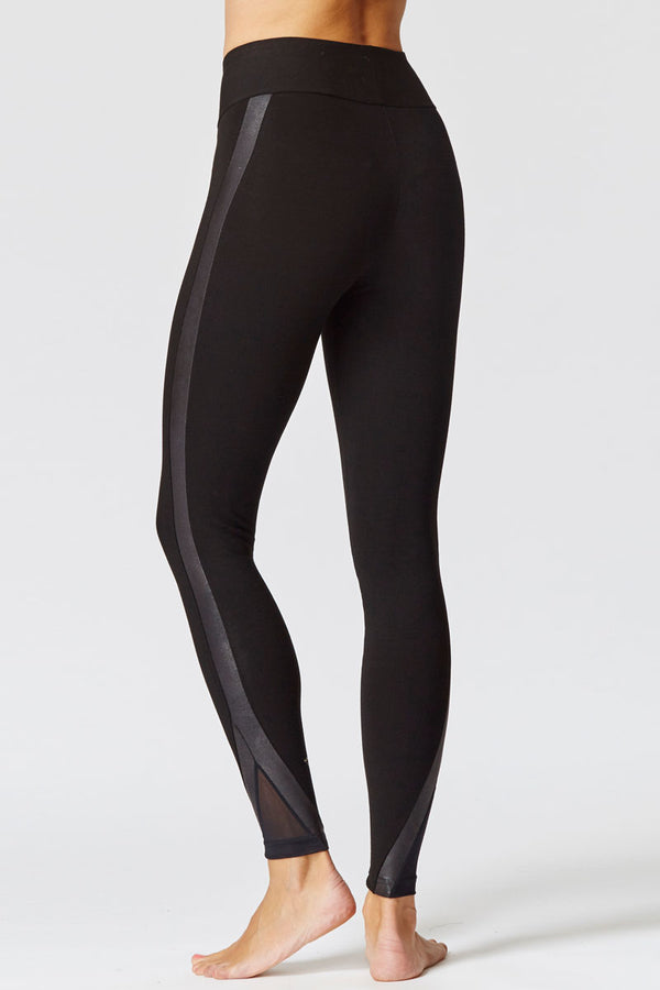 Extra Strong Compression Leggings with Figure Firming and Snakeskin Detail Panel Black