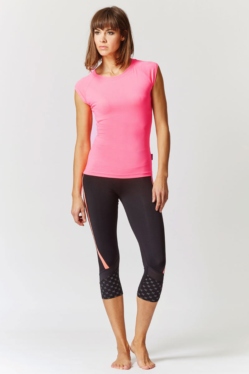 Reflective Running Cap Sleeve T-Shirt with Cut Out Pink