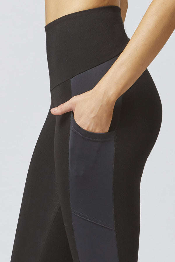Medium Compression Cropped Leggings with Pockets Black
