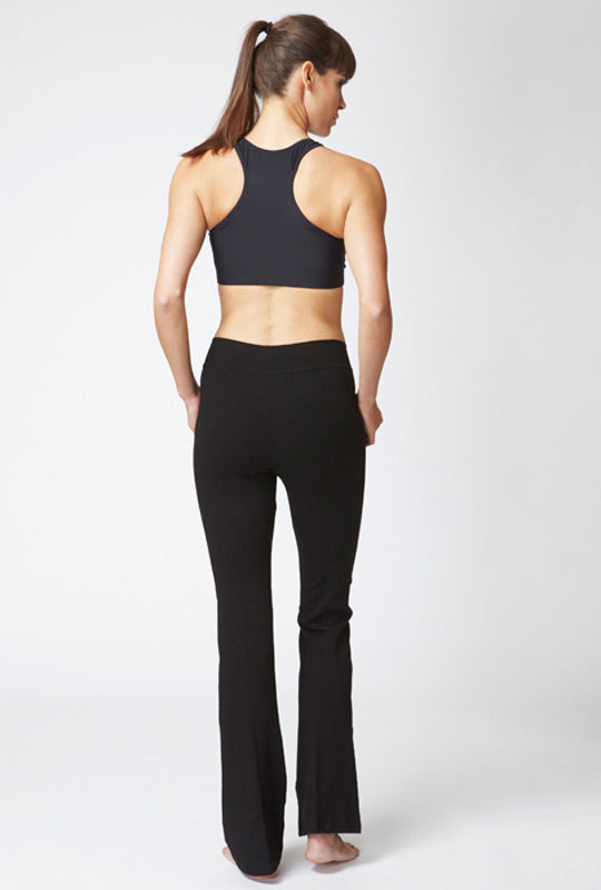 Medium Compression Bootleg with V Waist Black