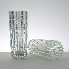 Load image into Gallery viewer, Pair of stunning Sklo Union glass vases