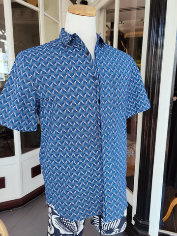 Men's Patterned Blue Button-up Shirt