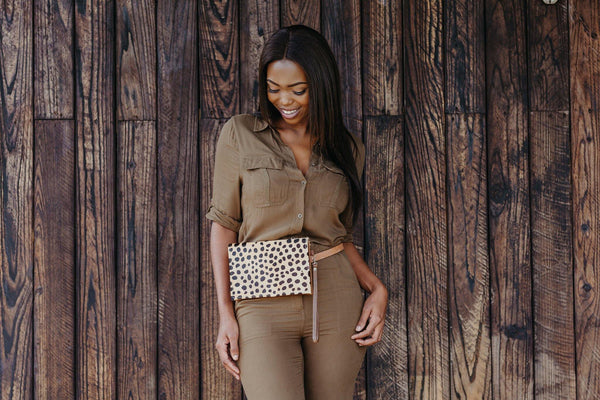 Cheetah Pouch Purse - Beige & Hazelnut