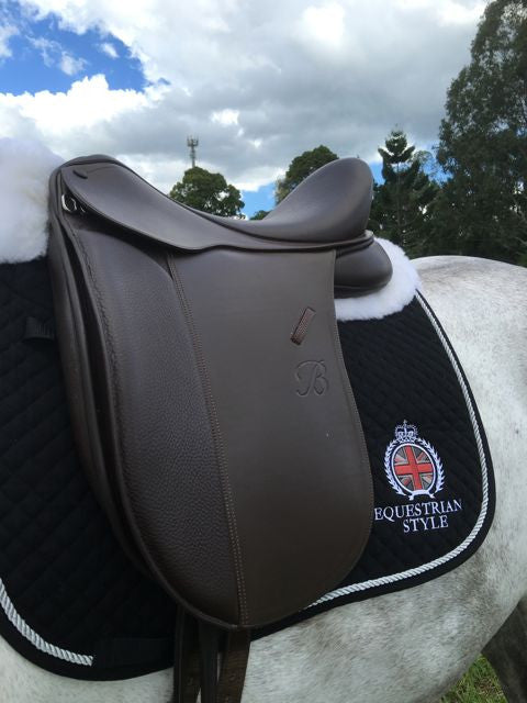 Equestrian Style Euro Fit Saddle Pad