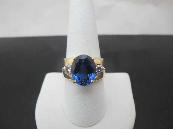 14k Yellow Gold Oval Faceted 6.83ct TANZANITE & Round Brilliant DIAMOND Ring
