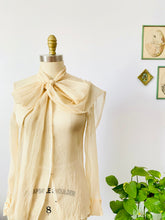 Load image into Gallery viewer, Vintage 1930s cream color silk chiffon blouse