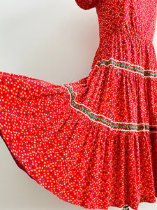 Vintage 1950s red floral prairie dress full circle skirt