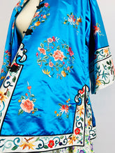 Load image into Gallery viewer, Vintage Blue Chinese Silk Embroidered Jacket