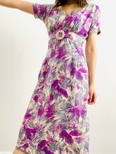 Load image into Gallery viewer, Vintage 1950s purple abstract floral dress with celluloid buckle