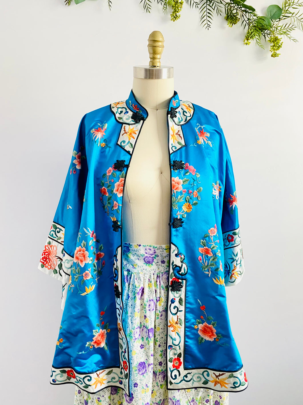 Vintage Blue Chinese Silk Embroidered Jacket