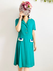 Vintage 1960s emerald green embroidered linen dress