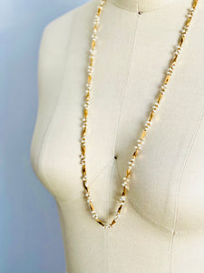 Vintage faux seed pearls gold tone necklace