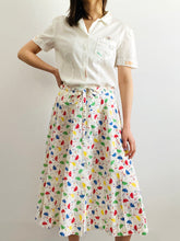 Load image into Gallery viewer, Vintage 1940s white cotton top with embroidered vintage labels