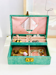 Vintage 1930s Jewelry box with pink velvet and gold hardware