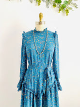 Load image into Gallery viewer, Vintage Blue Floral Dress with Ruffles and Ruched Sleeves