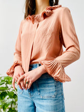 Load image into Gallery viewer, Vintage dusty pink silk blouse with ruffles