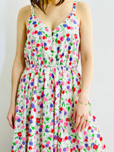 Load image into Gallery viewer, Vintage Colorful Tulips Floral Print Day Dress on model