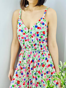 Vintage Colorful Tulips Floral Print Day Dress on model