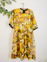 Load image into Gallery viewer, 1950s Semi Sheer Yellow Daisy Print Dress Ribbon Neckline