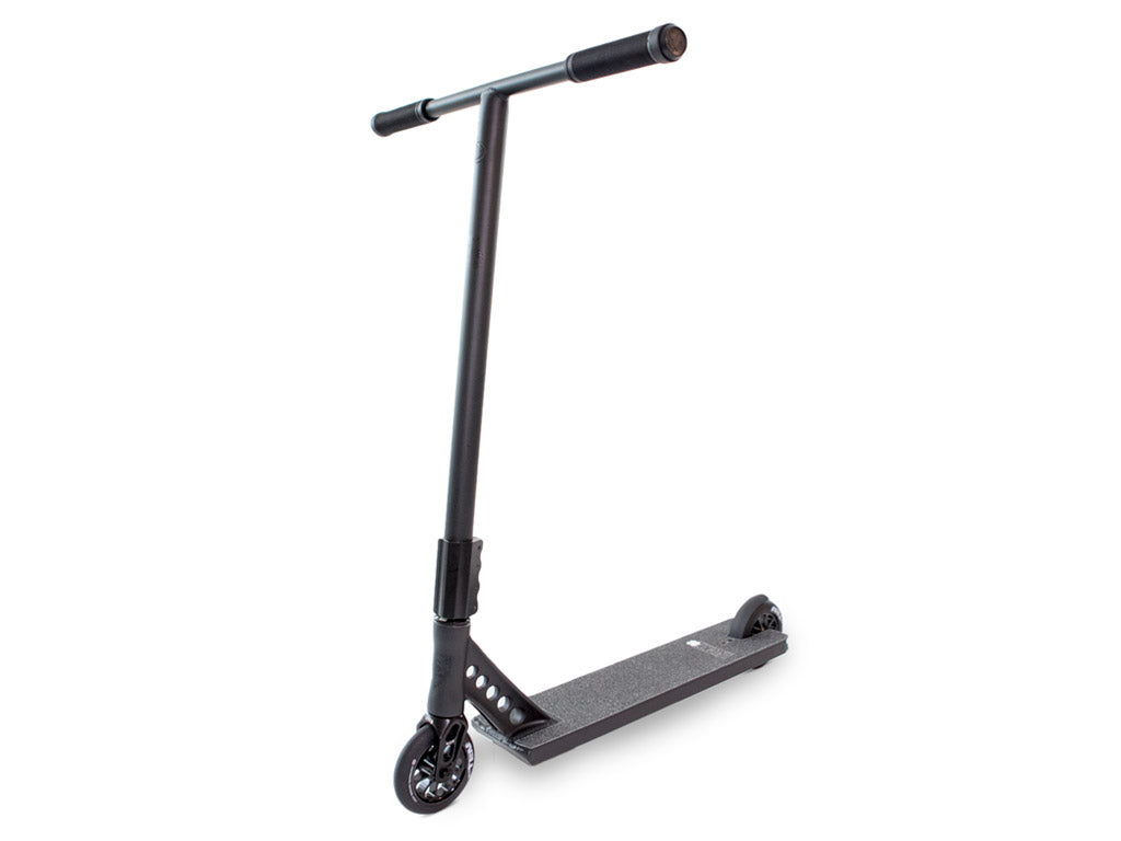 Lucky EVO™ 522 Pro Scooter Black