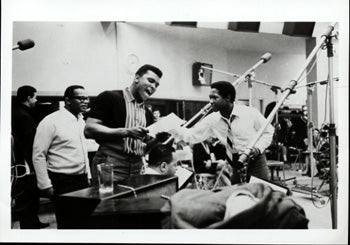 ALI, MUHAMMAD-SAM COOKE PHOTO (EARLY 1960'S)