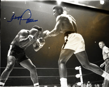 AIL, MUHAMMAD-FLOYD PATTERSON SIGNED WIRE PHOTO (SIGNED BY PATTERSON)