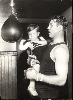 DEMPSEY, JACK ANTIQUE PHOTO (1926-TRAINING FOR TUNNEY)