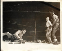 ROBINSON, SUGAR RAY-TOMMY BELL ORIGINAL WIRE PHOTO (1946)