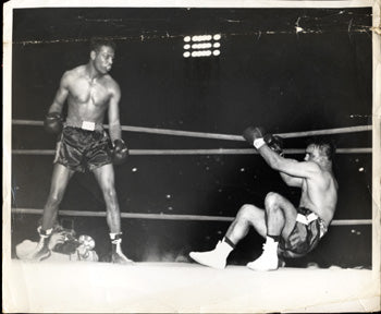 ROBINSON, SUGAR RAY-ROBERT VILLEMAIN ORIGINAL WIRE PHOTO (1950)