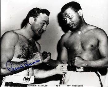 BASILIO, CARMEN SIGNED PHOTO