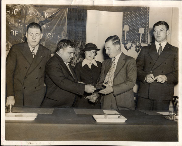 BRADDOCK, GOULD & LAGUARDIA ORIGINAL WIRE PHOTO (1935)