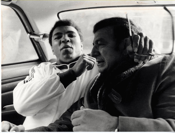 ALI, MUHAMMAD & ANGELO DUNDEE WIRE PHOTO (1971-BLIN FIGHT)