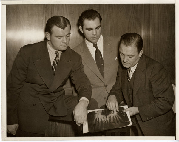 BRADDOCK, JIMMY & MAX SCHMELING WIRE PHOTO