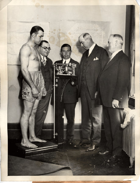 SHARKEY, JACK WIRE PHOTO (1926-WEIGHING IN FOR HARRY WILLS FIGHT)