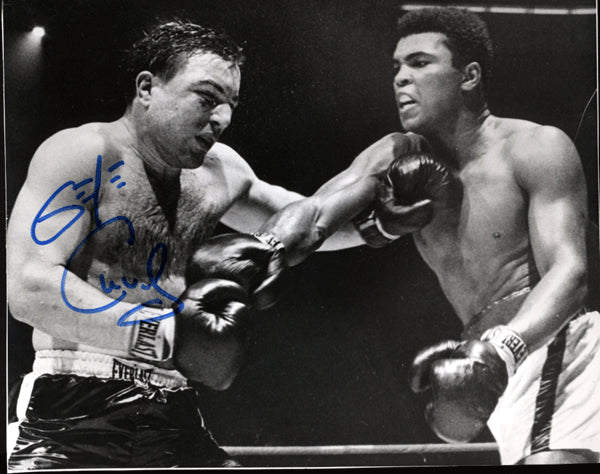 CHUVALO, GEORGE SIGNED PHOTO (ACTION WITH ALI)