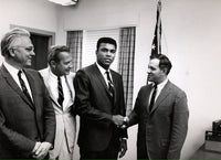 ALI, MUHAMMAD LARGE FORMAT PHOTO BY HOWARD BINGHAM (1967-AFTER BEING INDICTED)