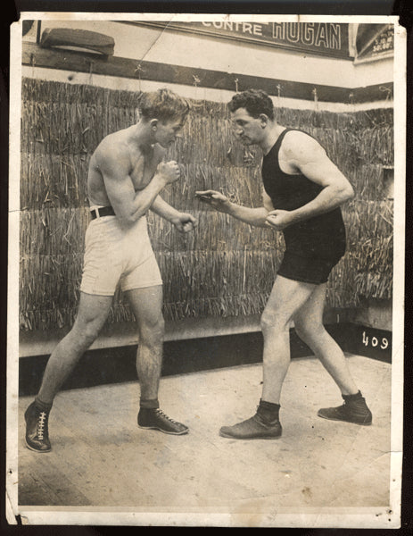 CARPENTIER, GEORGES ORIGINAL PHOTO (TRAINING WITH TOM KENNEDY FOR GUNBOAT SMITH)