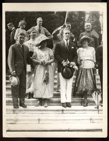 CARPENTIER, GEORGES & FAMILY ANTIQUE PHOTO (1921)
