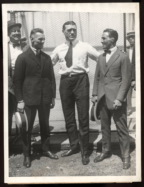 CRIQUI, EUGENE-JOHNNY DUNDEE WIRE PHOTO (1923-POSING WITH PHI:ADELPHIA JACK O'BRIEN))