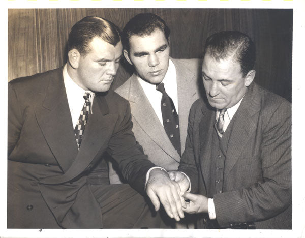 BRADDOCK, JIMMY & MAX SCHMELING ORIGINAL WIRE PHOTO (1936)