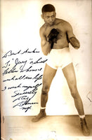 ROBINSON, SUGAR RAY SIGNED PHOTOGRAPH (18 YEARS OLD)